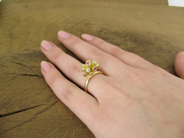 Bunch of flower ring