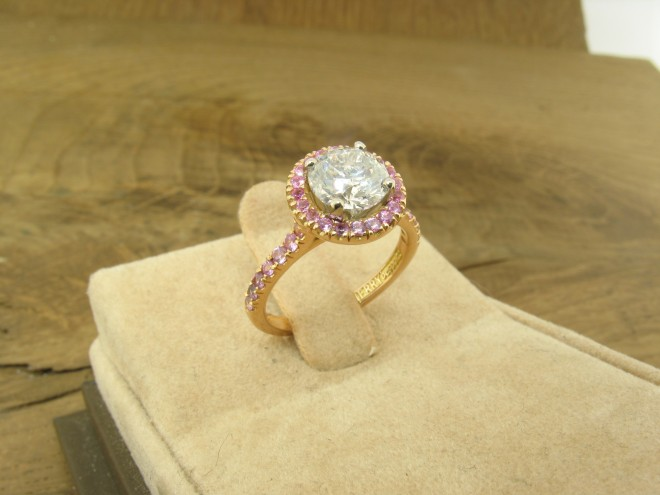 Diamond pink sapphire ring in rose gold