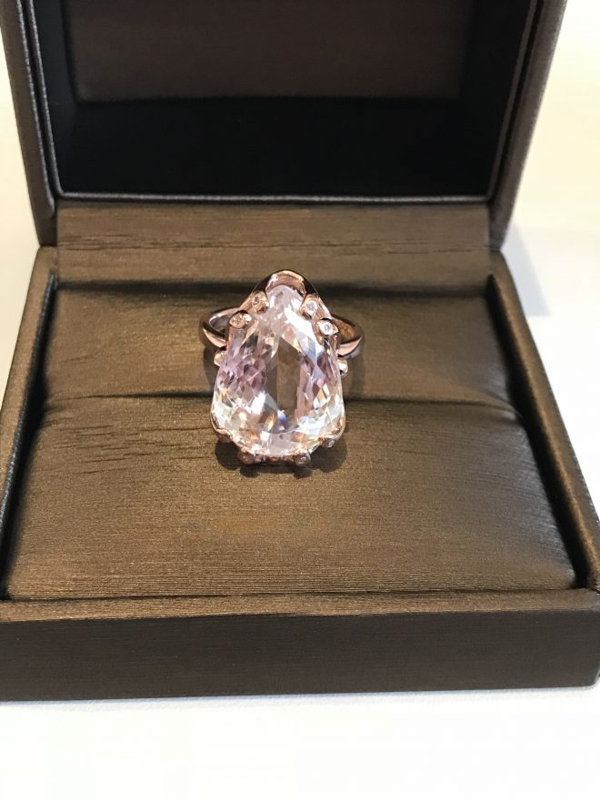 Kunzite ring in rose gold with diamond set claws